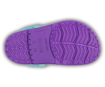 http://yessport.pl/pol_pl_klapki-Crocs-Lights-Butterfly-15685-NEON-PURPLE-AQUA-5567_5.jpg