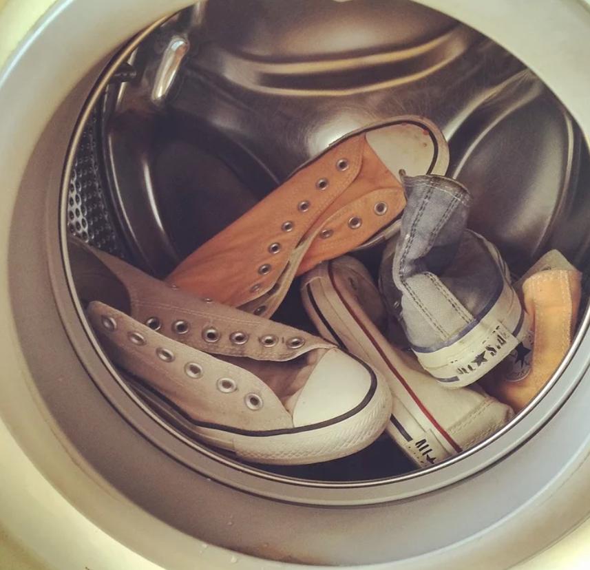 Czy można prać buty w pralce? | Blog YesSport