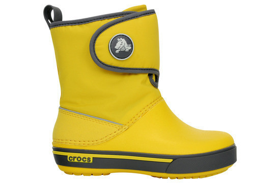 https://yessport.pl/pol_pl_Sniegowce-CROCS-GUST-BOOT-12905-yellow-charcoal-30--6326_1.jpg